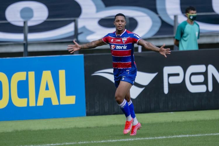 David divide artilharia do Fortaleza na temporada 2021 com Wellington Paulista, com sete gols cada (Foto: Aurelio Alves)