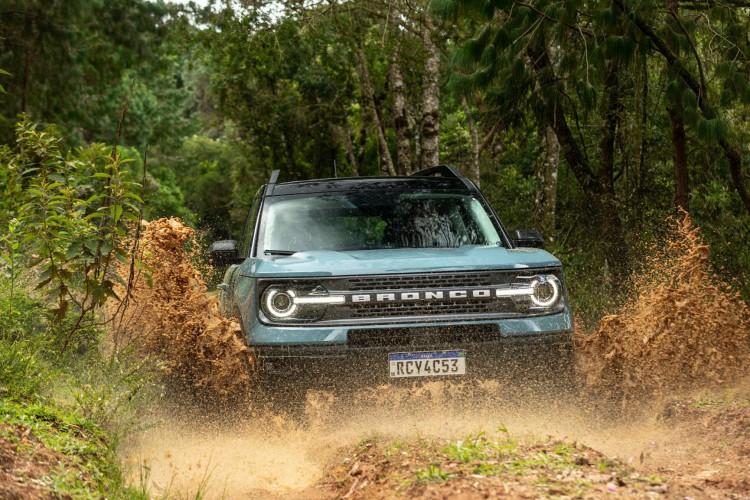 A Ford já havia confirmado maio como o mês de chegada do Bronco, o novo SUV da marca, ao Brasil  (Foto: Divulgação/Ford)