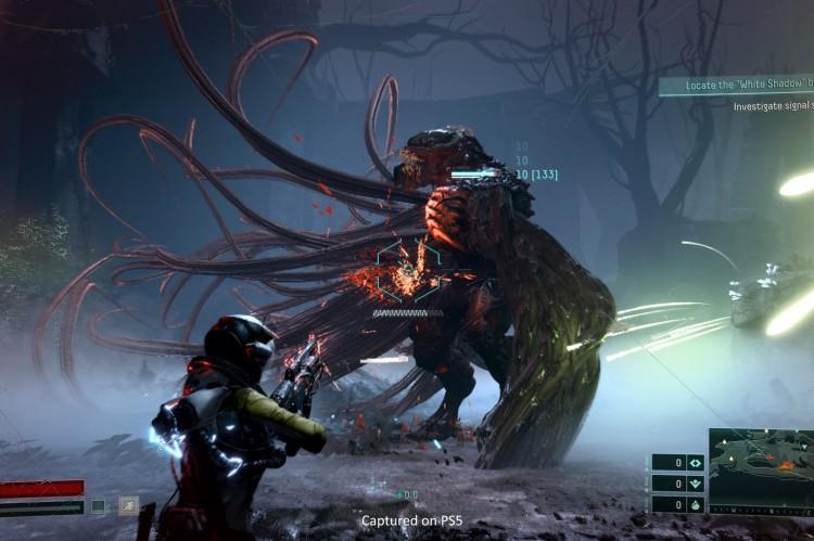 Inspirado na franquia 'Alien', 'Returnal' se passa no planeta Átropos, que exibe fauna e flora únicos e uma atmosfera de tons macabros e instigantes