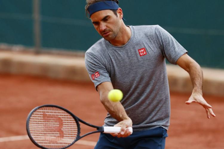 Federer espera que jogar no saibro ajude em Wimbledon (Foto: )