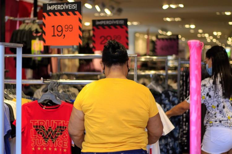 Vestuário é a segunda categoria em intenção de compra do consumidor, atrás apenas das TVs (Foto: BARBARA MOIRA)