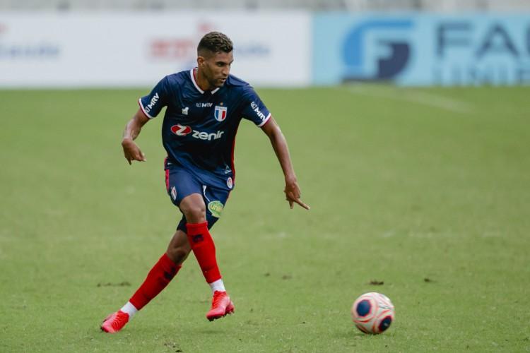 Isaque jogou sete partidas pelo Fortaleza, tendo feito um gol e dado duas assistências  (Foto: Aurelio Alves/O POVO)