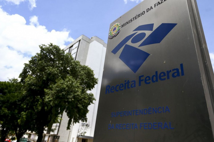 Especialistas orientam sobre principais erros que levam contribuinte a cair na malha fina ao declarar Imposto de Renda; confira dicas (Foto: Marcelo Camargo/Agência Brasil)