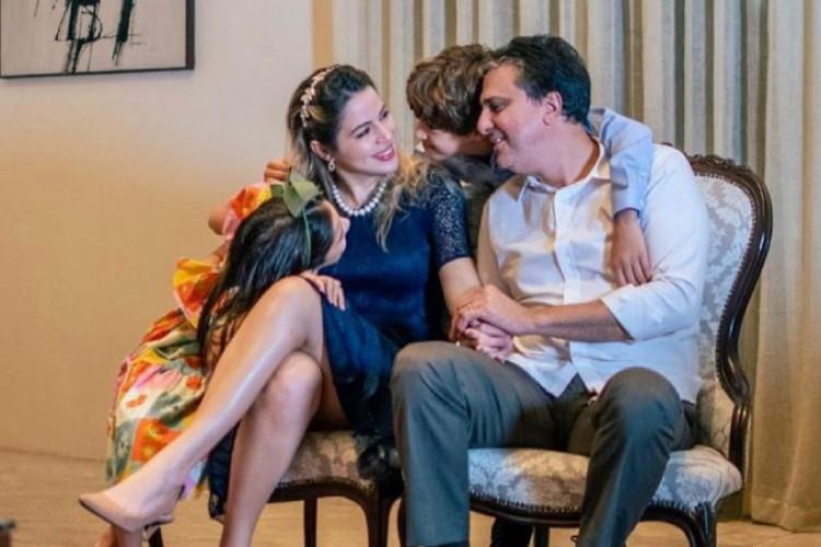 Camilo e Onelia têm dois filhos: Pedro e Luiza (Foto: Instagram Camilo Santana)