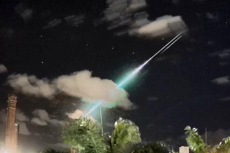 Trajetória do meteoro pela atmosfera. (Foto: BRAMON)