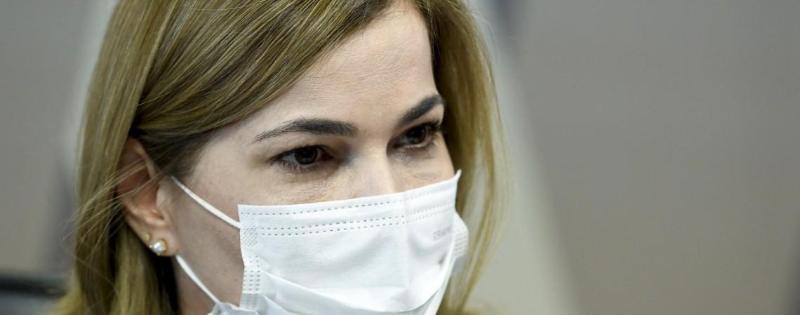 Mayra Pinheiro é alvo da CPI da Covid, que apura a gestão do Governo Federal no enfrentamento da pandemia  (Foto: Jefferson Rudy/Agência Senado)