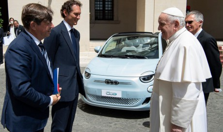 No encontro com o papa, os executivos falaram sobre a