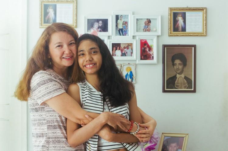 Semiramis Magalhães, 50 anos, e sua filha Ana Rayla, 10 anos, são de Fortaleza.