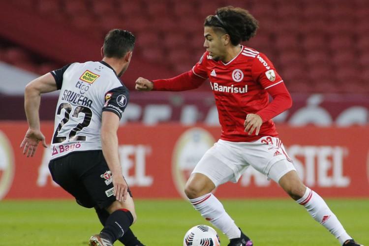 Libertadores: Internacional fica no empate com Always Ready (Foto: )