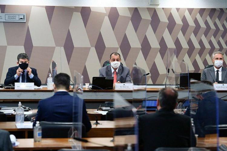 CPI da Pandemia aprova convocação de nove governadores (Foto: )