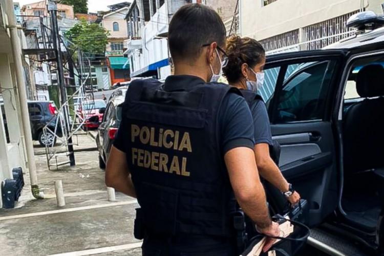 Polícia Federal deflagra operação contra organização que fraudava o auxílio emergencial em Manaus (Foto: Divulgação/PF-AM)