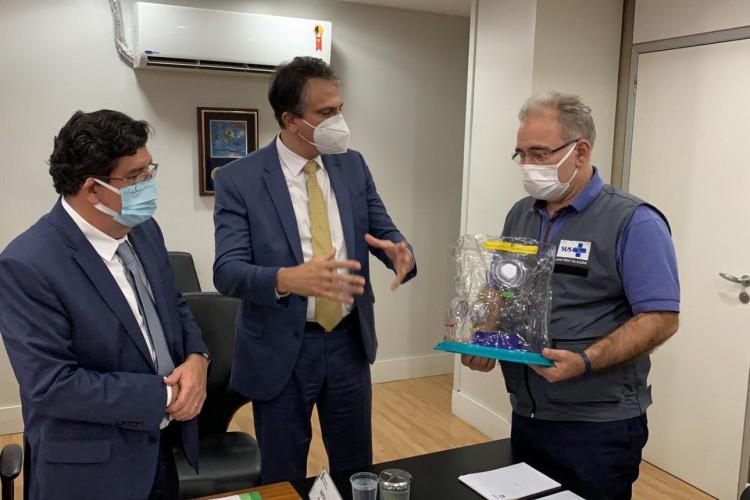 Camilo foi acompanhado do secretário de Saúde do Estado, Dr. Cabeto, ao encontro com Queiroga (Foto: Reprodução/Sesa)