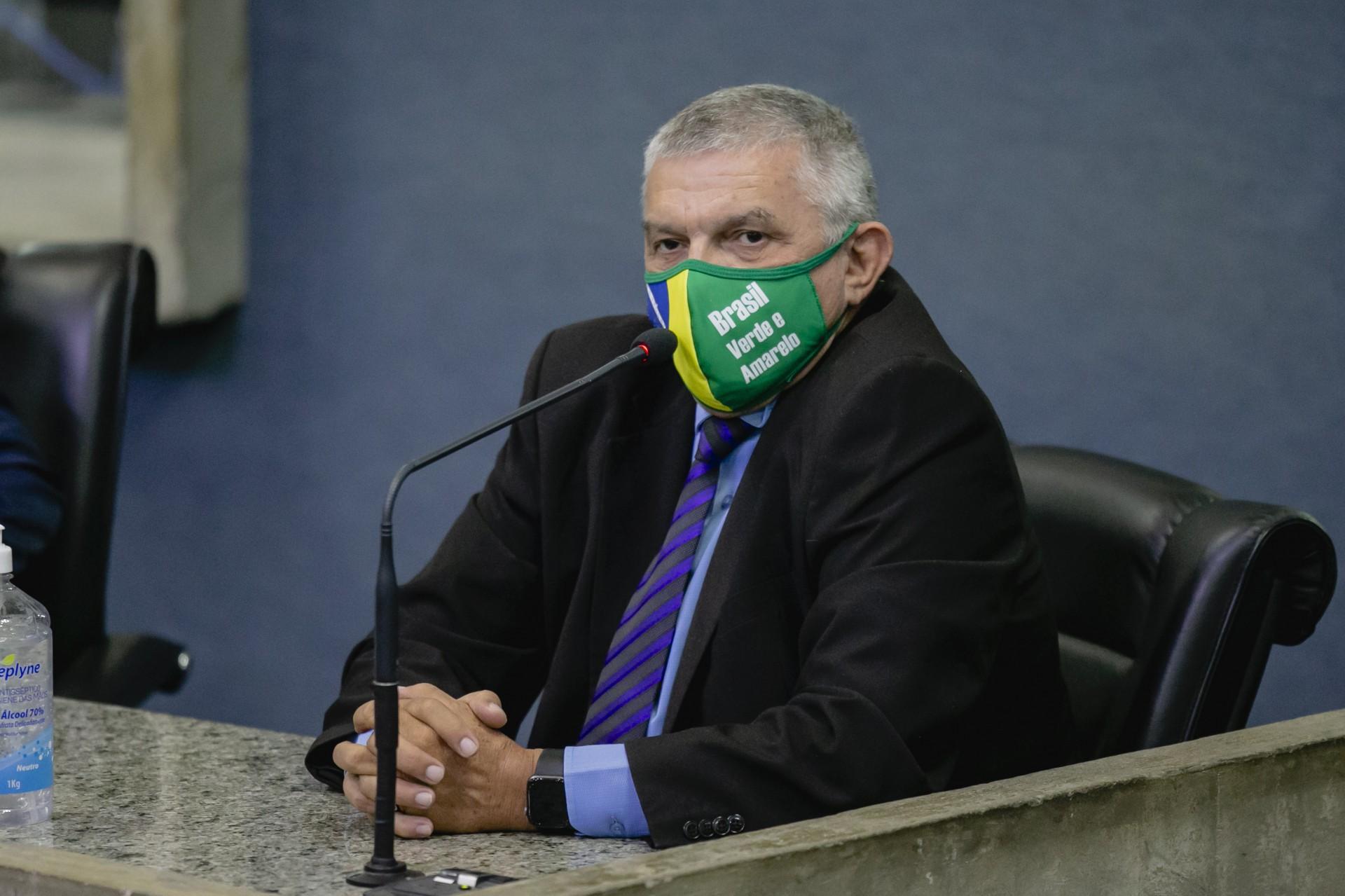 Base de Bolsonaro está toda com Capitão Wagner, diz deputado