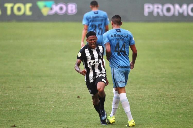 Ceará e Grêmio se enfrentaram na Arena Castelão pela primeira rodada do Campeonato Brasileiro 2021 (Foto: Fábio Lima/O POVO)