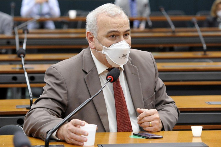 Deputado Júlio Delgado (PSB - MG) criticou decisão de tornar Brasil sede da Copa América  (Foto: GILMAR FELIX/CÂMARA DOS DEPUTADOS )
