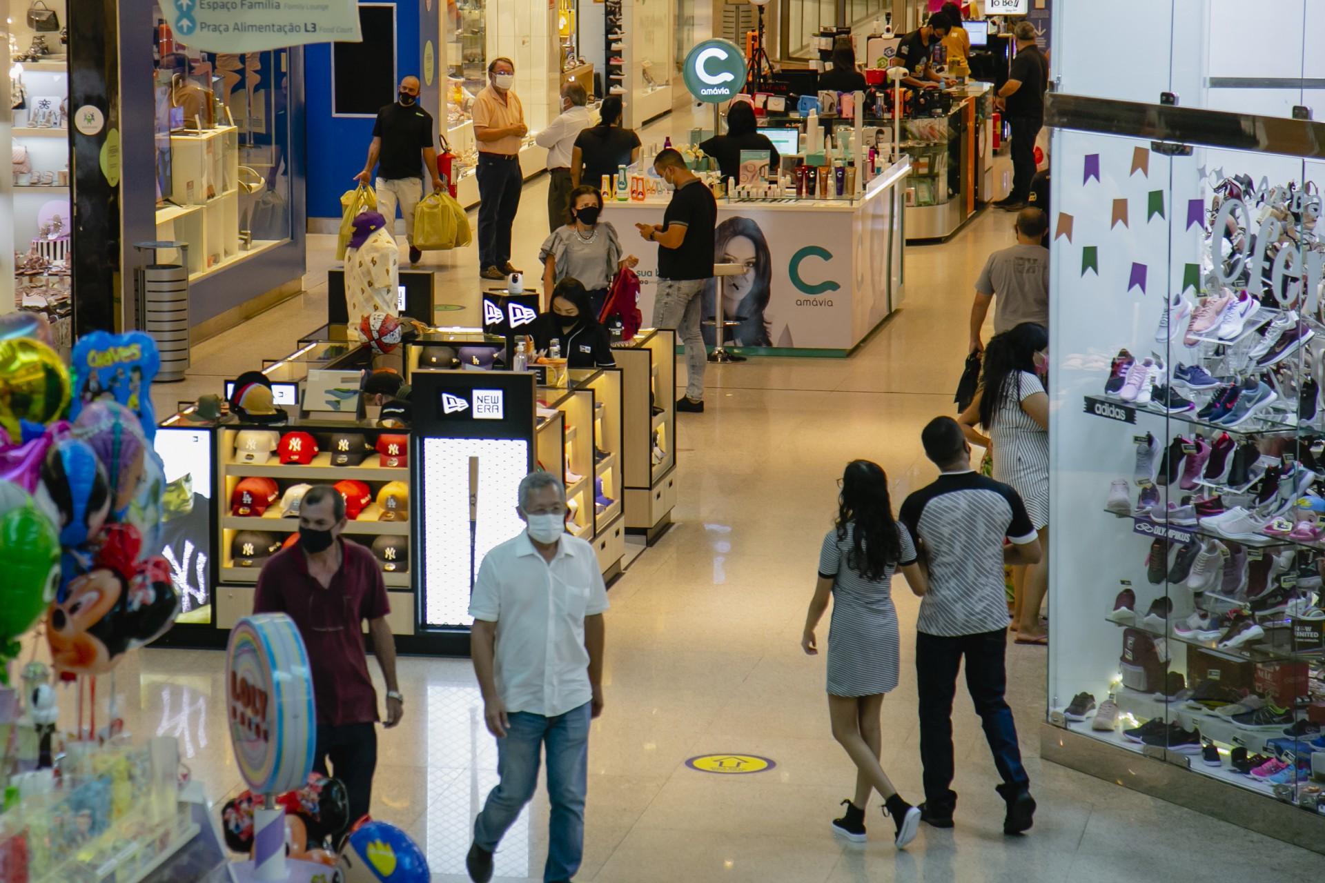 Os horários de funcionamento dos shoppings apresentam mudanças