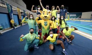 Atletas do Time Brasil apresentam uniformes para os Jogos Olímpicos de Tóquio