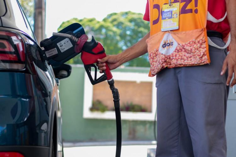 Litro do etanol já é encontrado por R$ 6,30 no Ceará. O equivalente a 94,6% do preço máximo da gasolina R$6,70 (foto: BARBARA MOIRA)