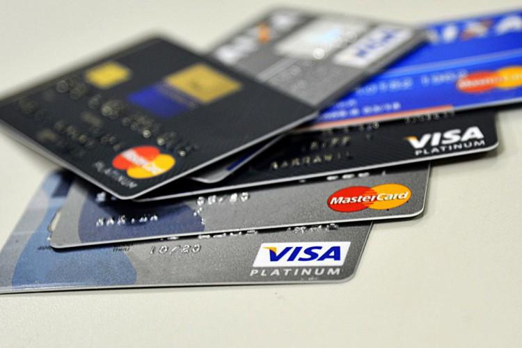 Cartões de crédito (Foto: Marcello Casal Jr/Agência Brasil)