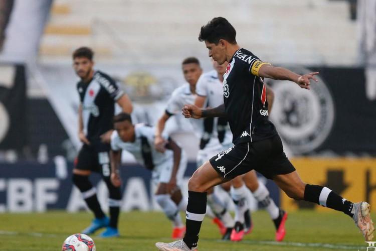 Vasco e Ponte Preta empatam em 1 a 1 pela Série B do Brasileiro (Foto: )