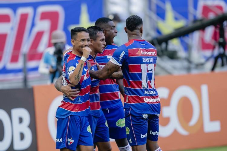 Tricolor tem média de 3,5 gols por partida com Vojvoda no comando (Foto: Aurelio Alves)