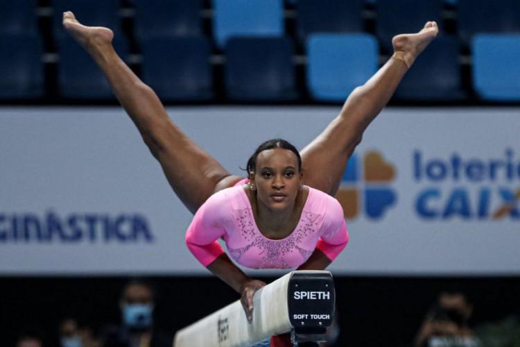 Ginasta Rebeca Andrade se classifica para os Jogos de Tóquio (Foto: )