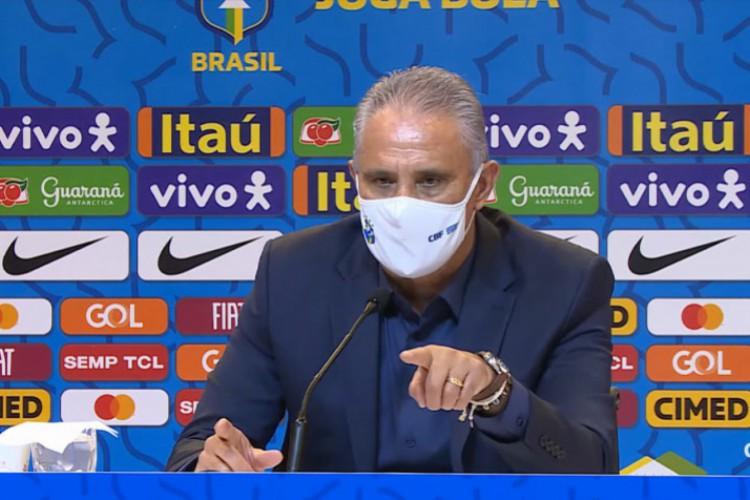 Tite, treinador da Seleção Brasileira, falou sobre a crise na CBF (Foto: Reprodução/CBF TV)