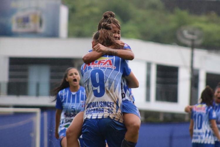 Empate complica Napoli-SC e Real Brasília no Brasileiro Feminino (Foto: )