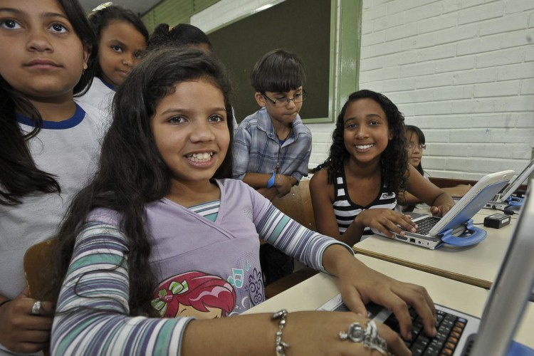 Campanha incentiva uso de medidor de banda larga pelas escolas (Foto: MARCELLO CASAL JR)