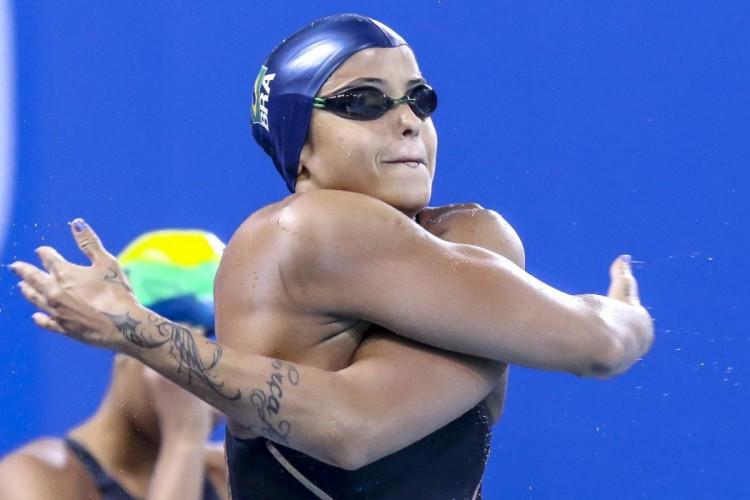 Etiene Medeiros, da natação, representa o Brasil na Olimpíada de Tóquio (Foto: Divulgação / COB)