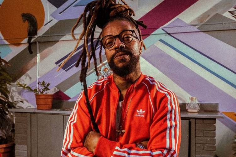 Cantor, compositor e rapper Rael estará presente no 'Cannabis Affair' (Foto: Reprodução/ Instagram @raeloficial)