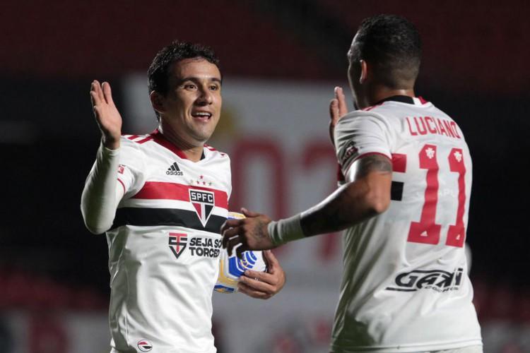 São Paulo atropela 4 de Julho-PI e vai às oitavas da Copa do Brasil  (Foto: Miguel SCHINCARIOL)