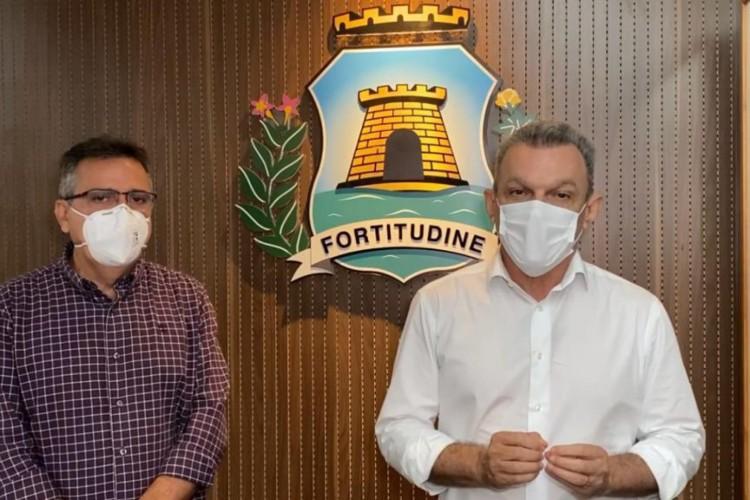 Live do prefeito Sarto Nogueira para anunciar a escolha da Bloomberg Philanthropies em financiar a cidade de Fortaleza para receber recursos internacionais para o fortalecimento da vacinação contra a Covid-19. (Foto: Reprodução/Instagram)