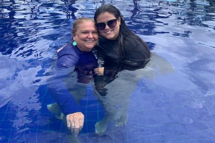 Mãe e filha: Marta Meneses e Ivna Pontes. (Foto: Arquivo Pessoal)