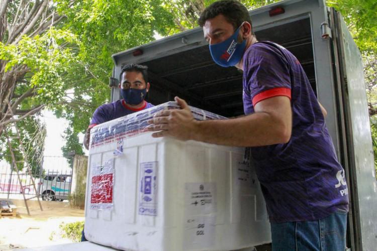 Mais de 150 mil doses de imunizantes contra a Covid-19 chegam ao Ceará entre esta quinta, 17 de junho, e esta sexta-feira. (Foto: Helene Santos/Governo do Ceará)