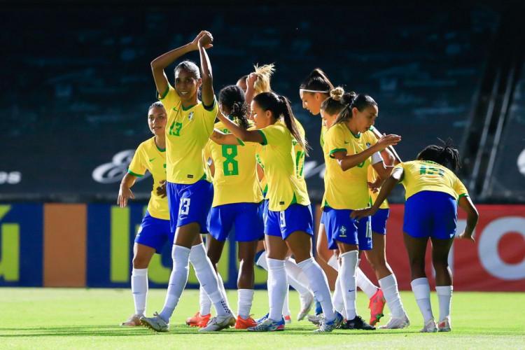 During the womens international friendly football match between Brazil v Russia at Estadio Municipal Cartagonova in Cartagena, Spain (Foto: Richard Callis/SPP/CBF)
