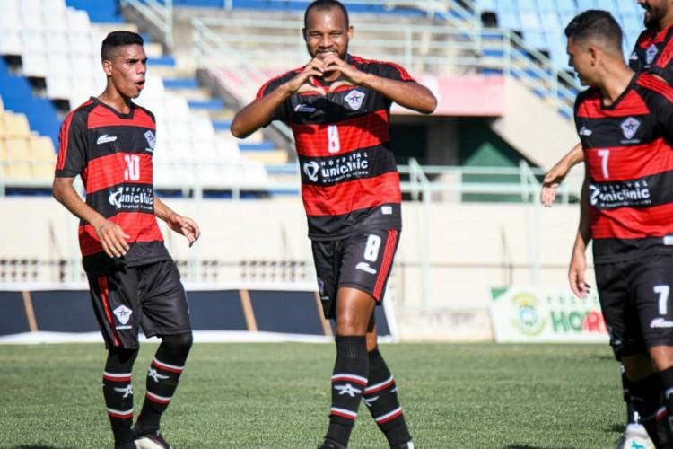 Olávio mantém o bom desempenho do Estadual e marca duas vezes contra o ABC-RN, fora de casa. (Foto: Kely Pereira / FC Atlético Cearense)