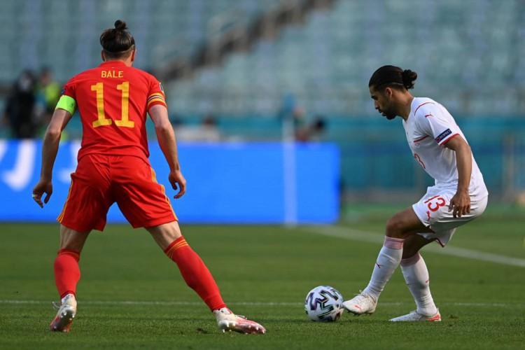 A Suíça pressionou mas não conseguiu sair com a vitória diante de Gales (Foto: Ozan Kose / POOL / AFP)