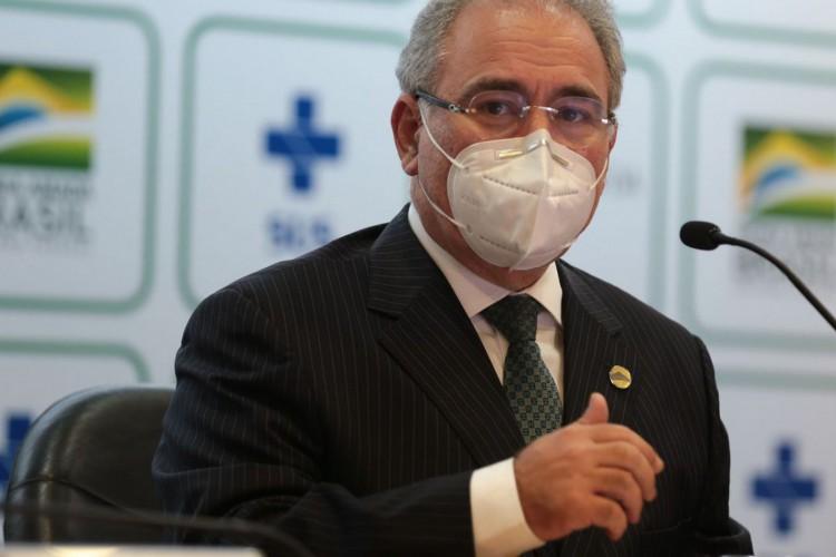 O ministro da Saúde, Marcelo Queiroga, falou durante coletiva de imprensa, sobre a antecipação de novos lotes de vacina contra a covid-19. (Foto: Marcello Casal JrAgência Brasil)