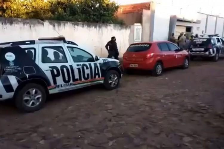 Agentes da Polícia Militar encerraram uma festa clandestina na cidade de Juazeiro do Norte na tarde deste sábado, 12 (Foto: Reprodução)