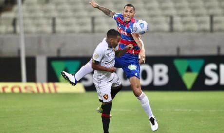 Sport e Fortaleza duelam pela 22ª rodada do Campeonato Brasileiro