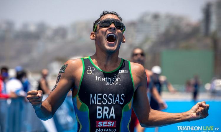 Manoel Messias compete no triatlo individual masculino e por equipes