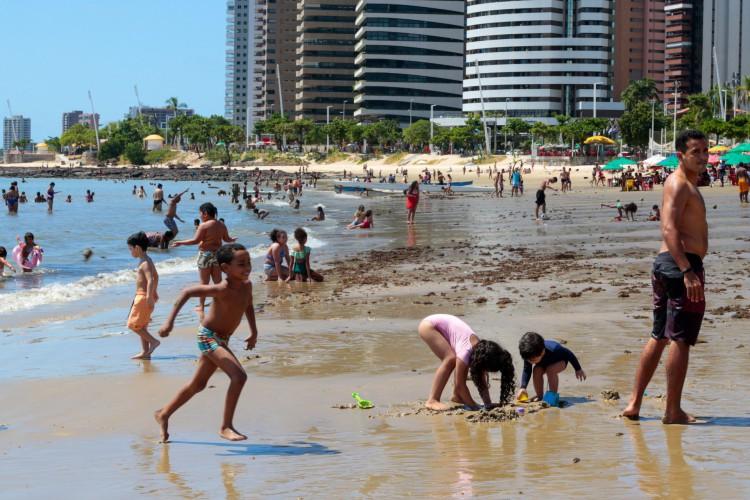 Praias devem ficar mais movimentadas no mês de julho (Foto: Barbara Moira)