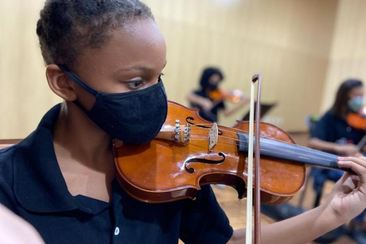 Orquestra Sinfônica Juvenil Chiquinha Gonzaga faz estreia na quarta-feira, 16 de junho (Foto: Divulgação)