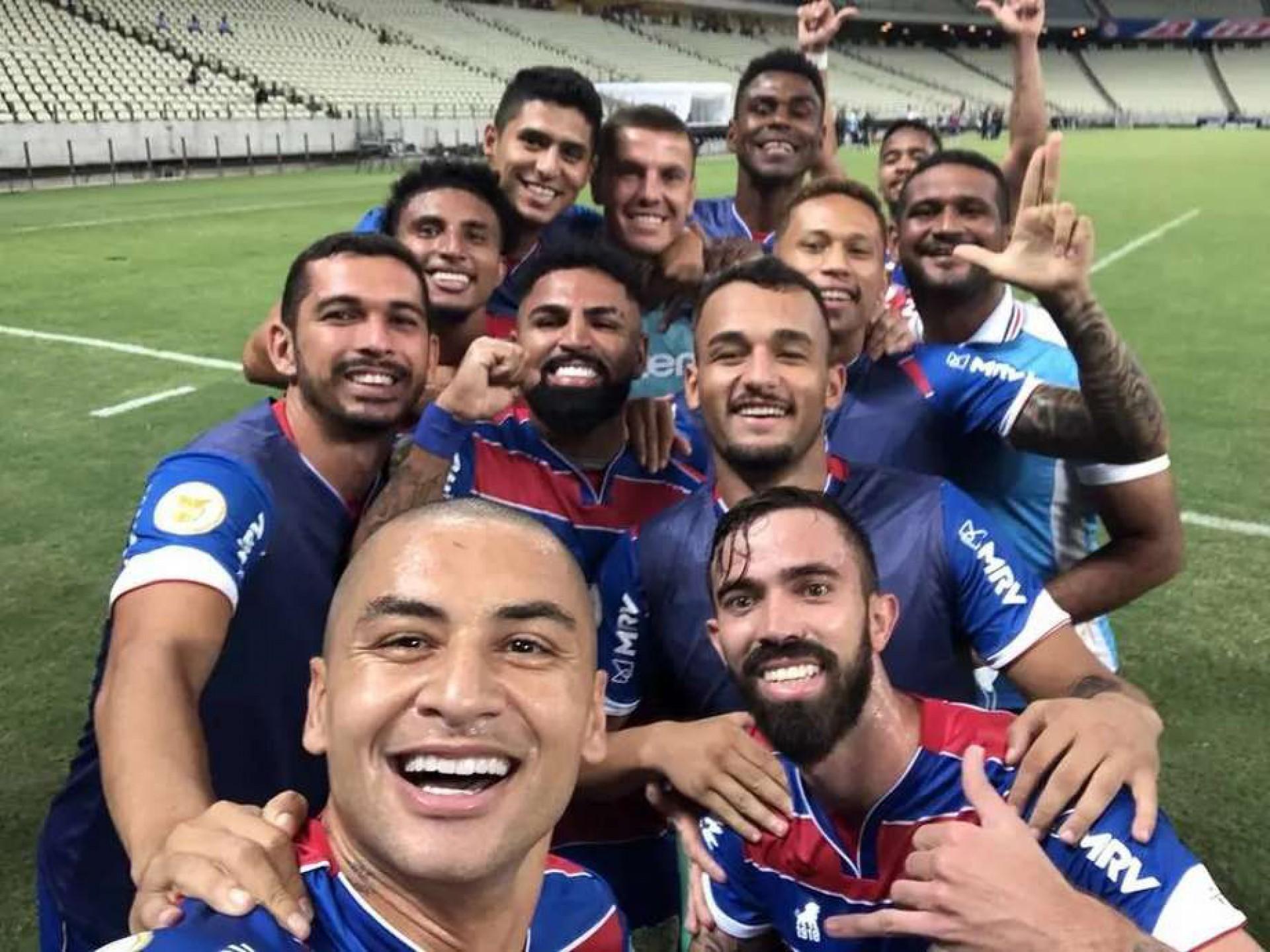 (Foto: Wellington Paulista / Fortaleza EC)Selfie de Wellington Paulista virou marca em comemoração a gols