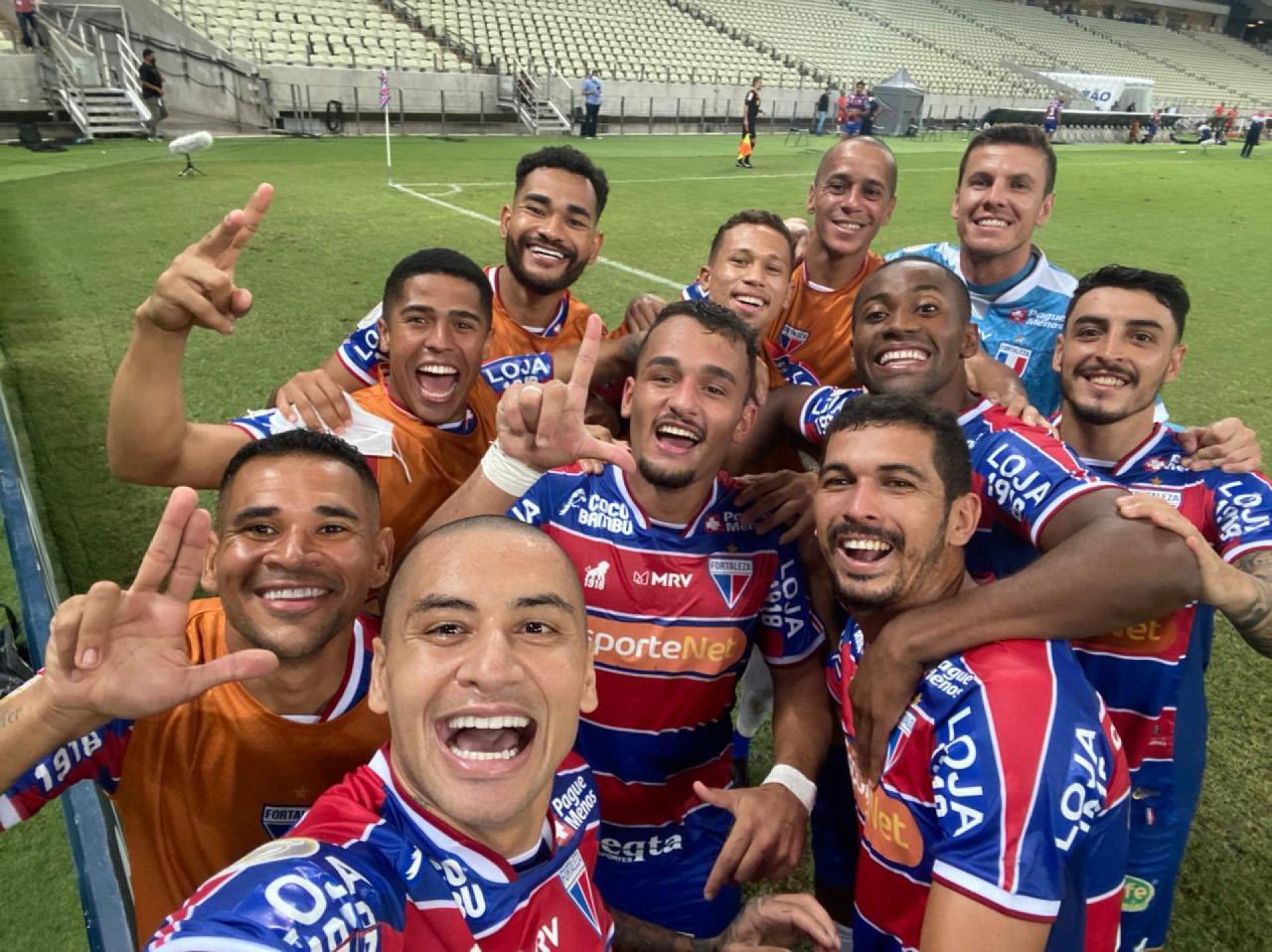 (Foto: Wellington Paulista / Fortaleza EC)Selfie de Wellington Paulista em comemoração a gols pelo Fortaleza estão se multiplicando
