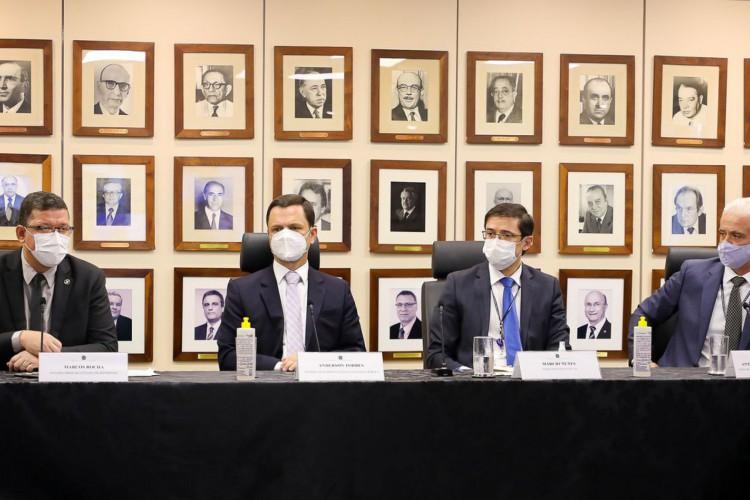Governo de Rondônia e MJ anunciam ação contra invasão de terras (Foto: )