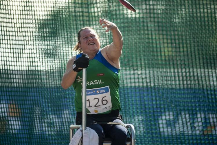 Campeã mundial quebra recorde mundial do disco em seletiva paralímpica (Foto: ALESSANDRA CABRAL)