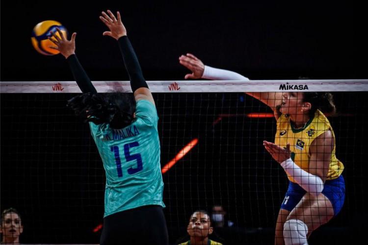 Seleção feminina do Brasil faz boa campanha na Liga das Nações (Foto: Divulgação / CBV)