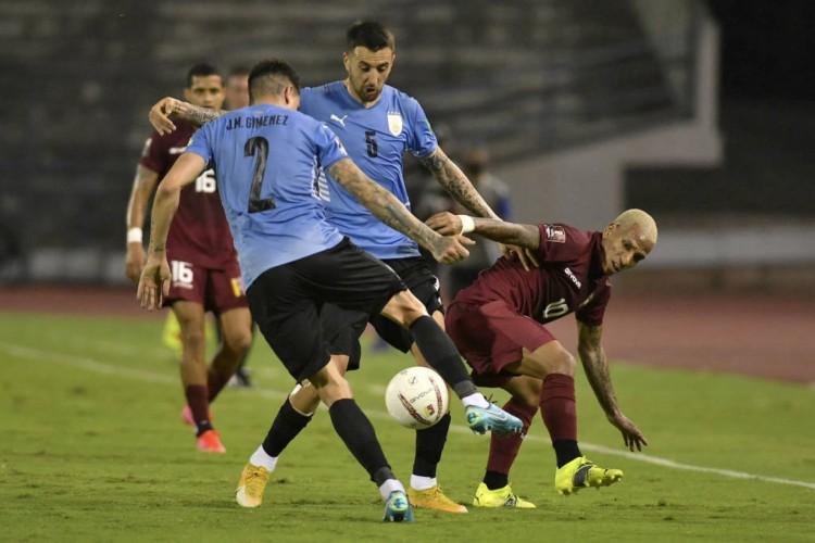 Oscar Tabáres está confiante no seu elenco para disputar a Copa América (Foto: Matias Delacroix / AFP)